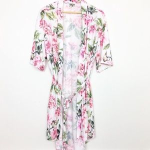 NWOT Show me your MuMu Brie robe